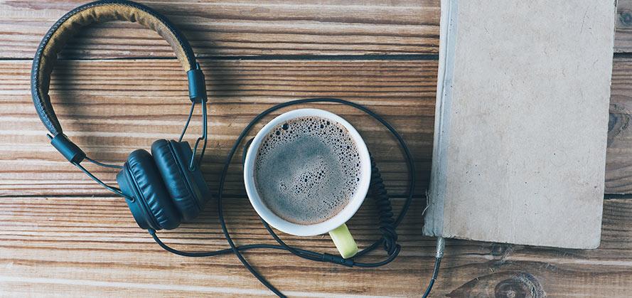 Ljudböcker bättre än pappersböcker och e-böcker